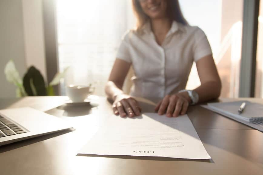 serving spouse with divorce papers