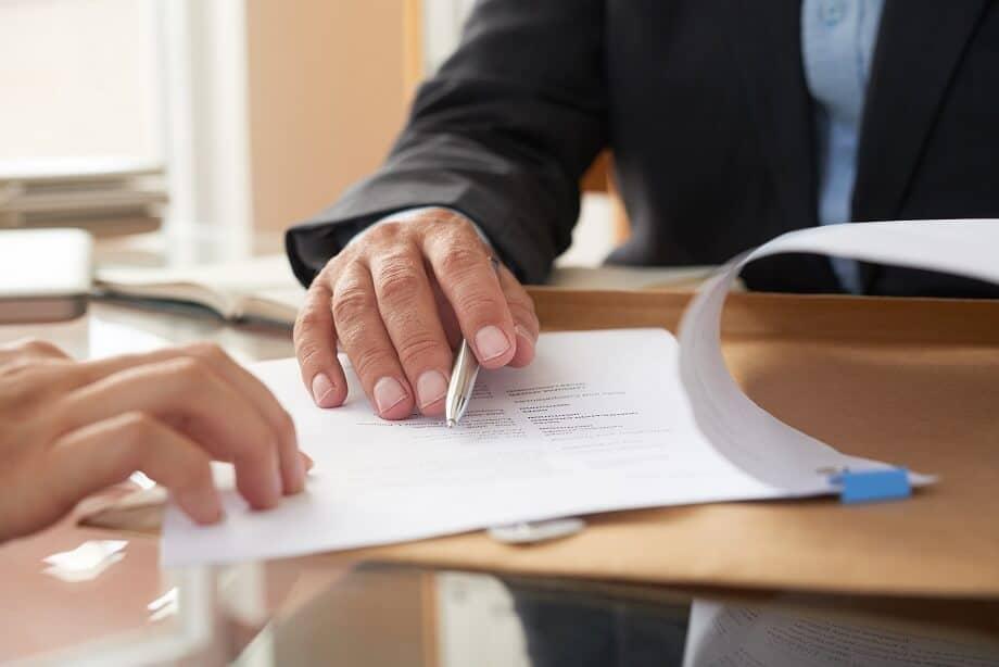 man filing augusta divorce forms